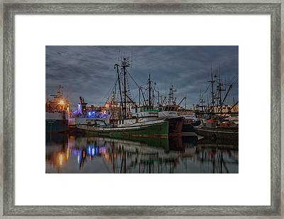 Framed Print featuring the photograph Full House 2 by Randy Hall