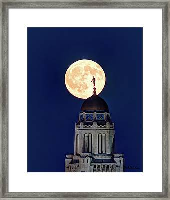 Full Moon Before The Eclipse Framed Print