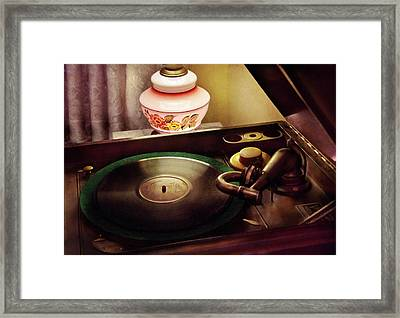 Furniture - Record - Playin The Oldies  Framed Print by Mike Savad