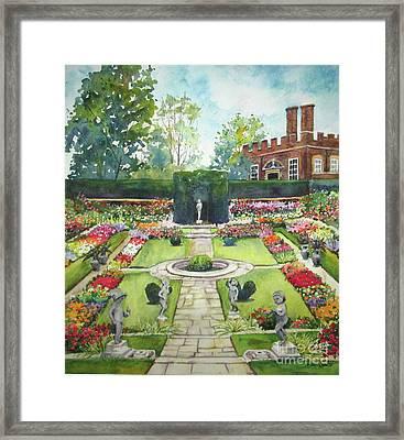 Garden At Hampton Court Palace Framed Print by Susan Herbst
