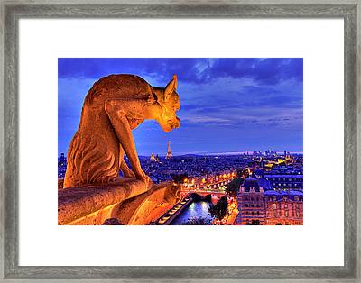 Gargoyle De Paris Framed Print by Traumlichtfabrik
