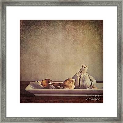 Garlic Cloves Framed Print by Priska Wettstein