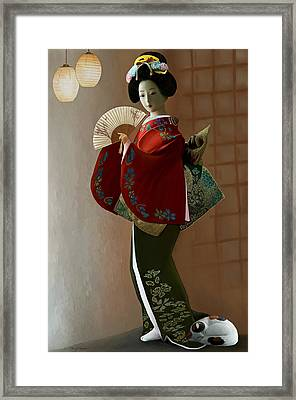 Geisha And Cat Framed Print by Thanh Thuy Nguyen