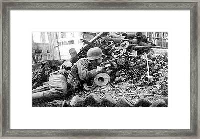 German With Captured Soviet Ppsh Sub Machine Gun Battle Of Stalingrad Number 6 1942 Framed Print
