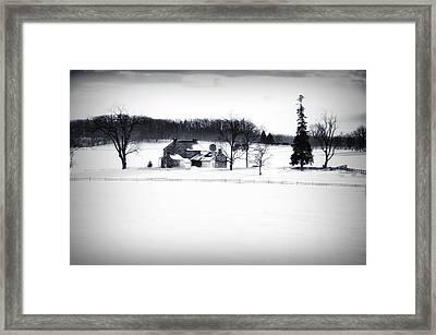 Gettysburg Farm In Winter Framed Print by Bill Cannon