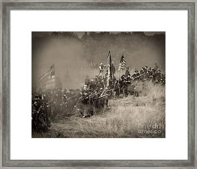 Gettysburg Union Infantry 8947s Framed Print