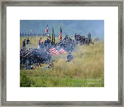 Gettysburg Union Infantry 8963c Framed Print