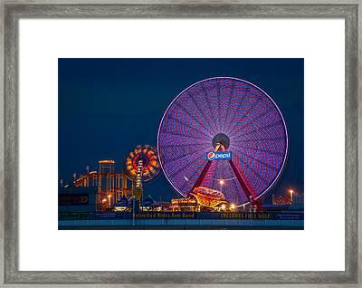 Giant Ferris Wheel Framed Print