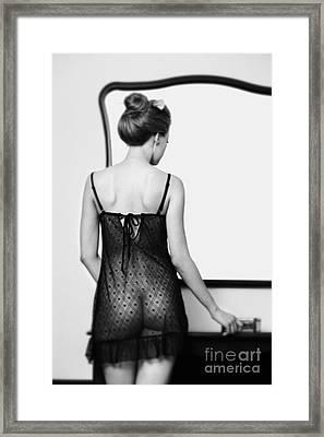 Girl #2381 Framed Print