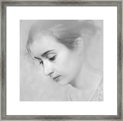 Girl #7244 Framed Print