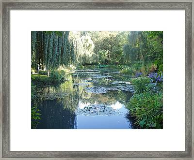 Giverny Viii Framed Print by Wendy Uvino