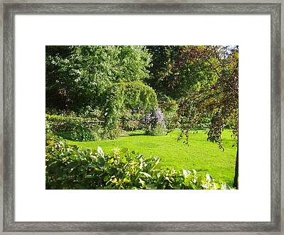 Giverny Xii Framed Print by Wendy Uvino