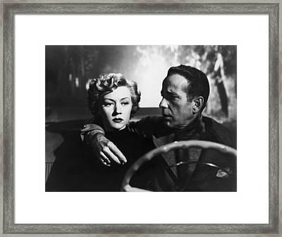 Gloria Grahame And Humphrey Bogar Framed Print by Hans Wolfgang Muller Leg