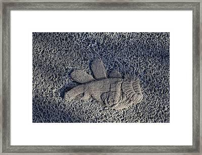 Glove Framed Print by Robert Ullmann