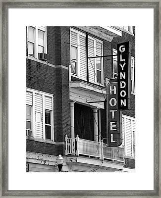 Glyndon Hotel Framed Print by David Bearden