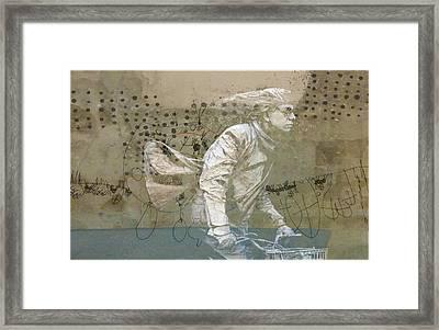 Going For Gold Framed Print by Paul Lovering