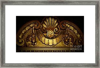 Gold Medallion, Pittsburgh Pa Framed Print