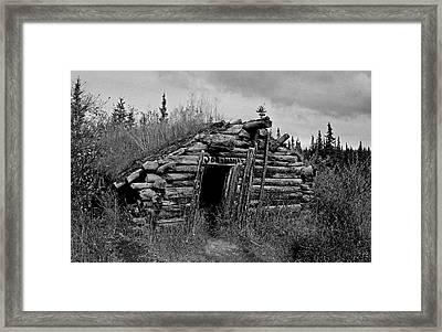 Gold Rush Cabin - Yukon Framed Print by Juergen Weiss