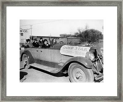 Gold Star Mothers And Widows Ww1 Armistice Parade Tucson Arizona 1932 Framed Print by David Lee Guss