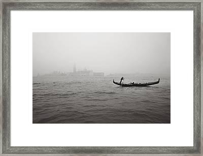 Gondola Nella Nebbia 193042x Framed Print