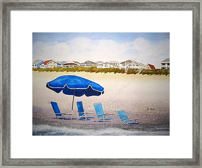 Gone To Lunch Framed Print