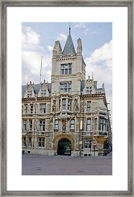 Gonville And Caius College. Cambridge. Framed Print