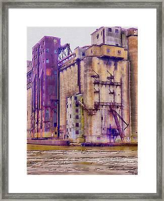 Grain Elevator - Buffalo Ny Framed Print by Leslie Montgomery
