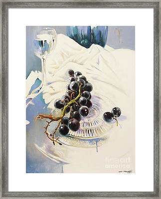 Grapes Framed Print by Lin Petershagen