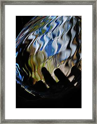 Framed Print featuring the photograph Grasping At Curves by Susan Capuano