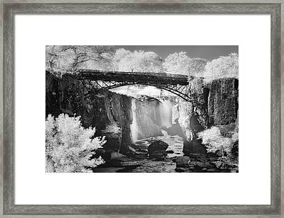 Great Falls Paterson Nj Bw Framed Print by Susan Candelario