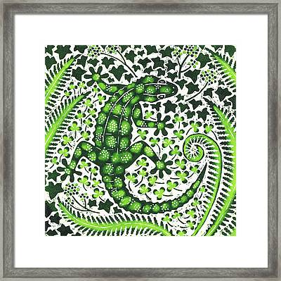 Green Gecko Framed Print by Nat Morley