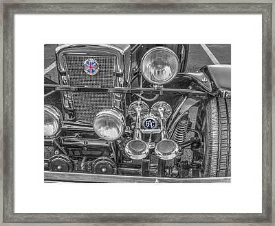 Grill Roadster Jaguar V1 Framed Print