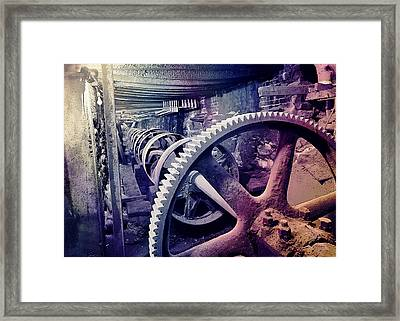 Grunge Large Gear Framed Print