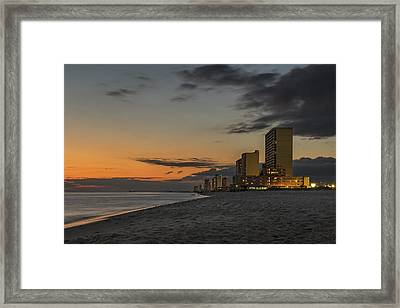 Gulf Sunset Framed Print by Kevin Ruck