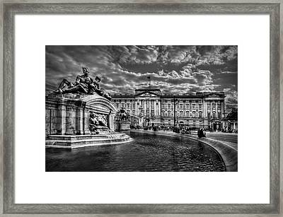 Hail To Majesty Framed Print by Evelina Kremsdorf