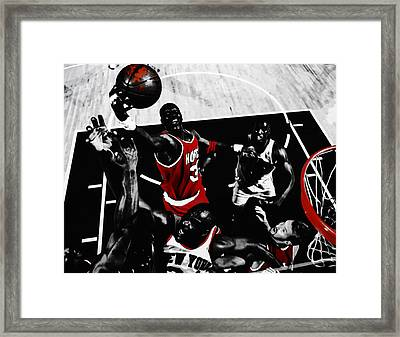 Hakeem Olajuwon Gimme Dat Framed Print by Brian Reaves