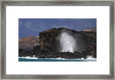 Halona Blowhole Framed Print by Richard Cheski