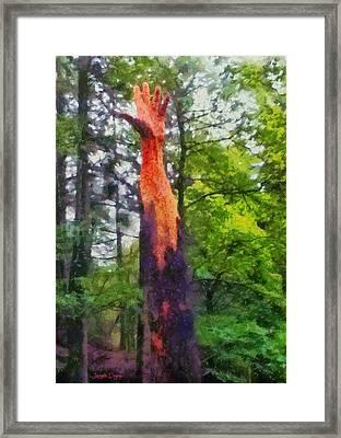 Handtree - Da Framed Print by Leonardo Digenio