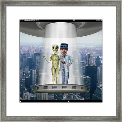 Hanging With G 2 Framed Print by Mike McGlothlen