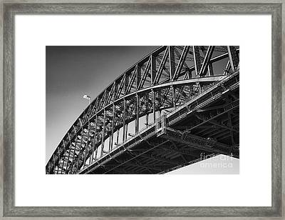Framed Print featuring the photograph Harbor Bridge In Black And White by Yew Kwang