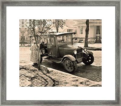 Harry The Huckster Framed Print by Don Wolf