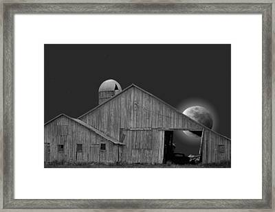 Harvest Moon Framed Print by Maria Dryfhout
