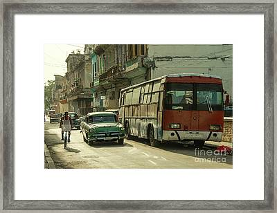 Havana Bus  Framed Print by Rob Hawkins