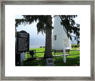 Havre De Grace Lighthouse Framed Print by Lesley Giles