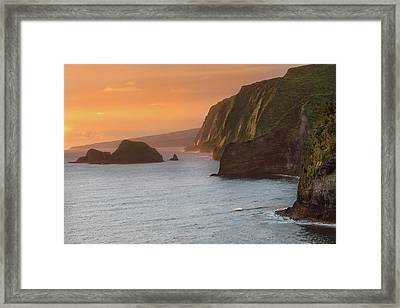 Hawaii Sunrise At The Pololu Valley Lookout 2 Framed Print by Larry Marshall