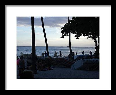 Hawaii Sunset Framed Prints