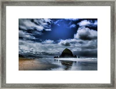 Haystack Rock Framed Print by David Patterson