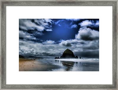 Haystack Rock Framed Print by David Patterson
