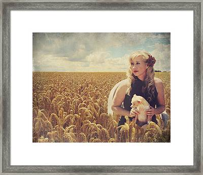 Hearts And Thoughts They Fade....fade Away Framed Print