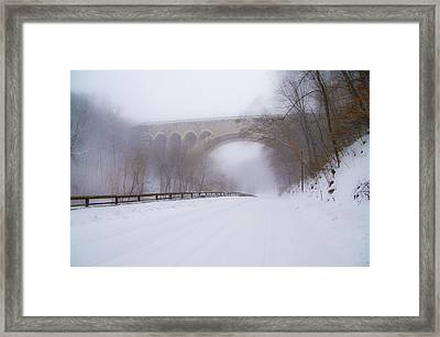 Henry Avenue Bridge And Lincoln Drive In The Snow Framed Print by Bill Cannon